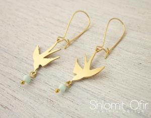 Boucles d 39 oreilles oiseau qui vole dor de shlomit ofir - Jeux d oiseau qui vole ...