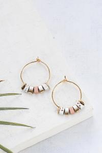 boucles Bali hoop small beige doré de Shlomit Ofir